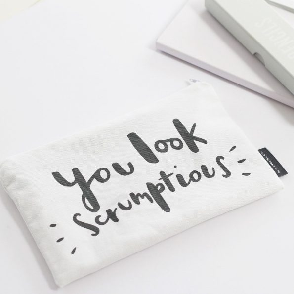 you-look-scrumptious-make-up-pouch-1_1024x1024