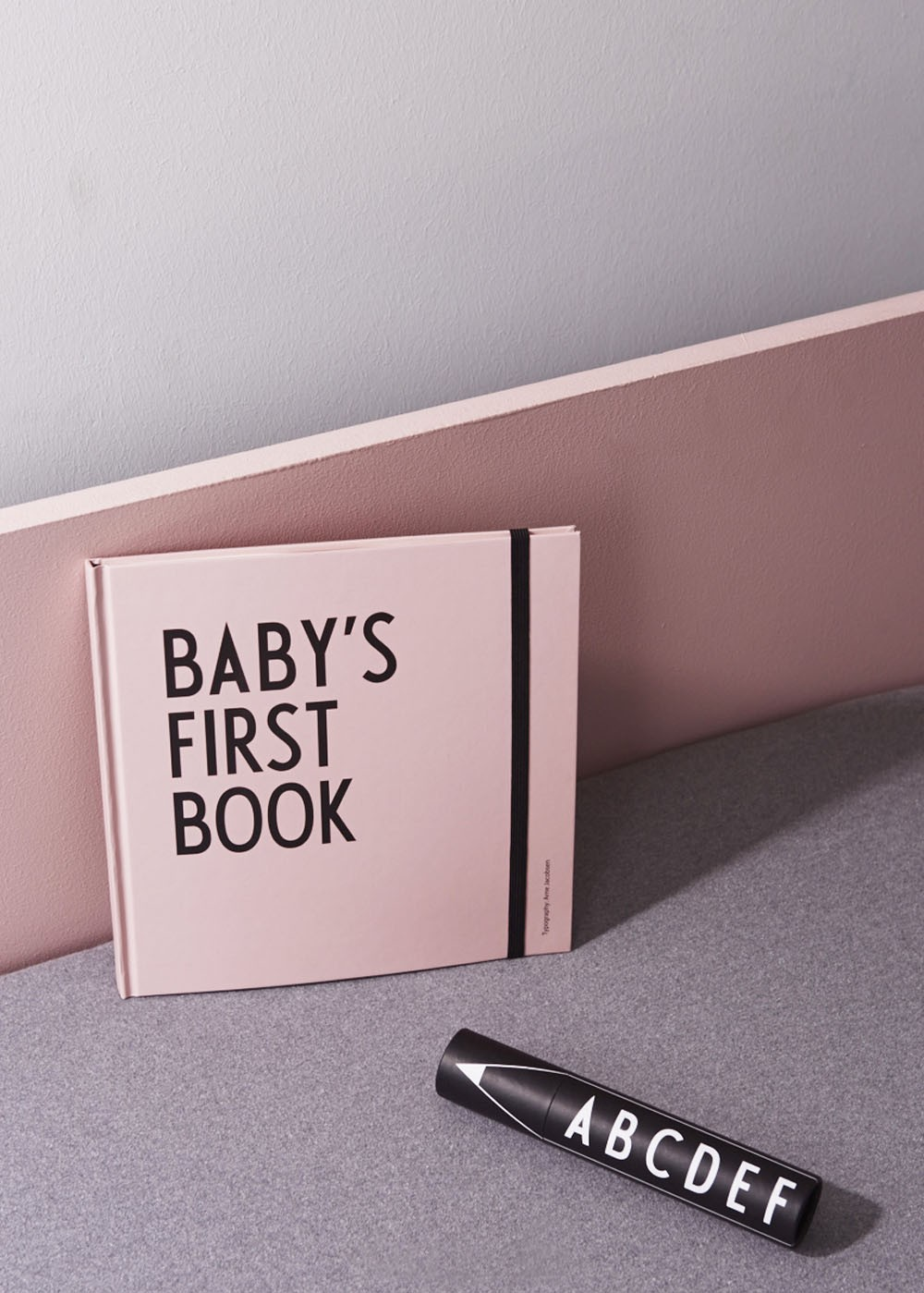 Design Letters Baby S First Book Pink 20202400 Pink Www.kidsdepartment.nl 32