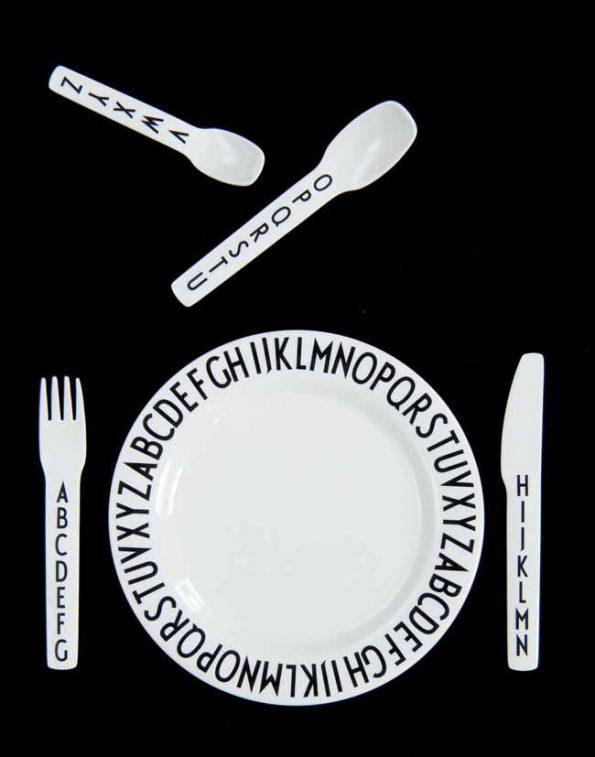 DesignLetters-Arne-Jacobsen-Melamine-Plate-Cutlery-beetlesandbugs.com_dde82300-61fa-47bb-b4a3-c088c1704cc7