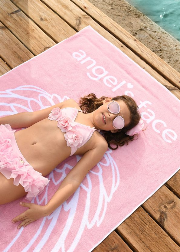 Beach-Towel-Rose-Pink-Lifestyle2